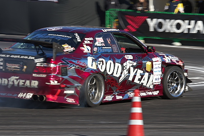 GOODYEAR Racing with Do-Luck チェイサー